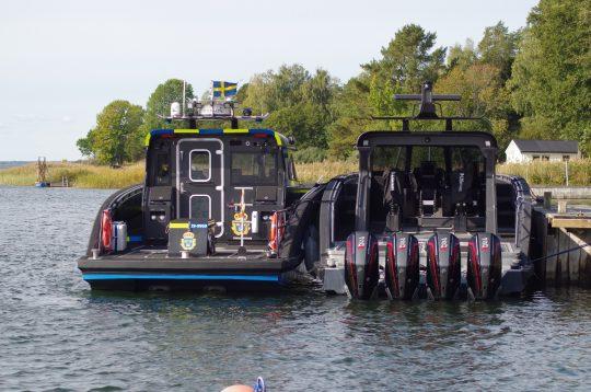 m15q-police boat