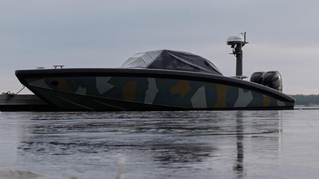 m9 camo boat