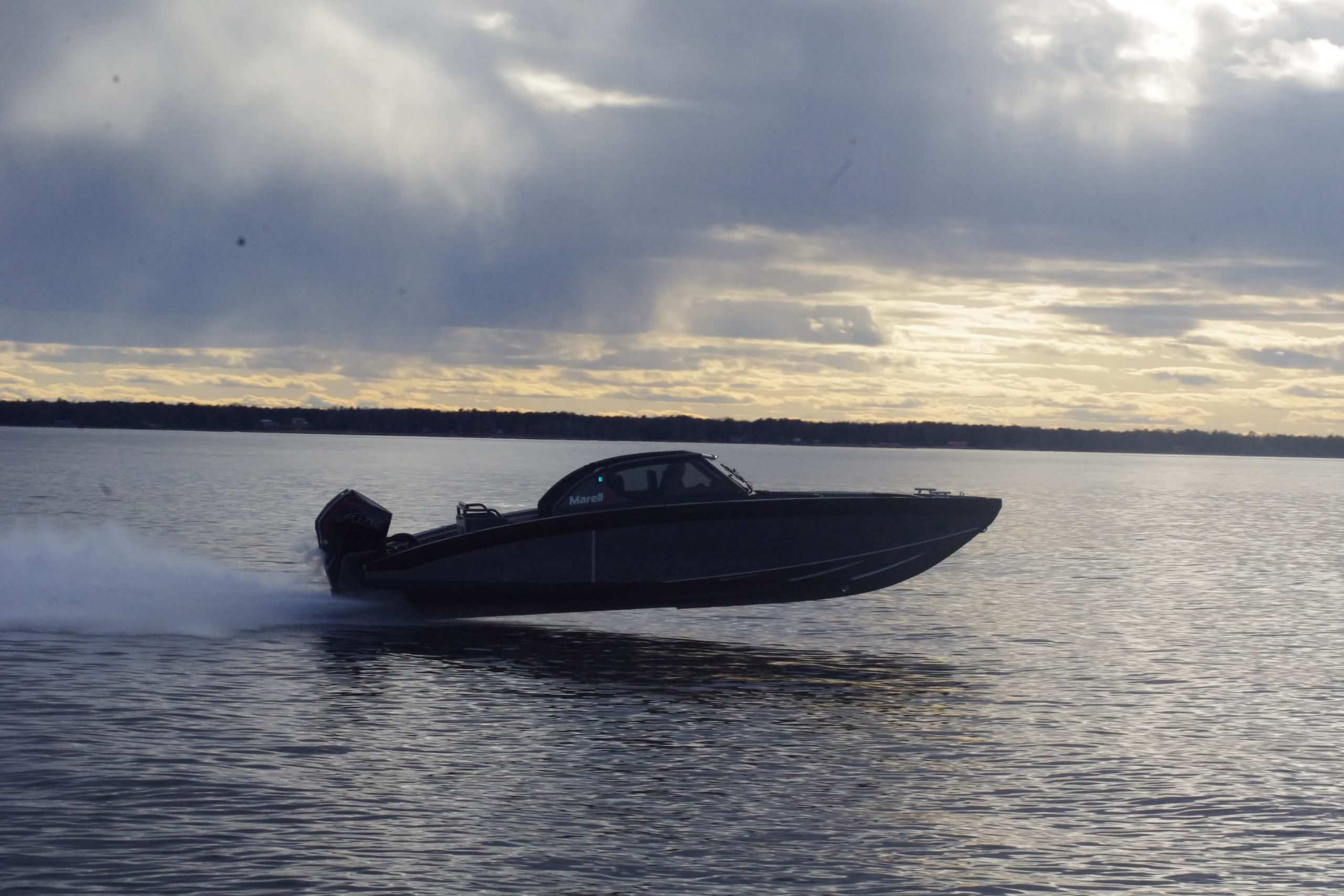 m9 boat at high speed